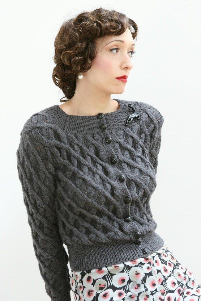 Pattern - lady's Jumper Cardigan