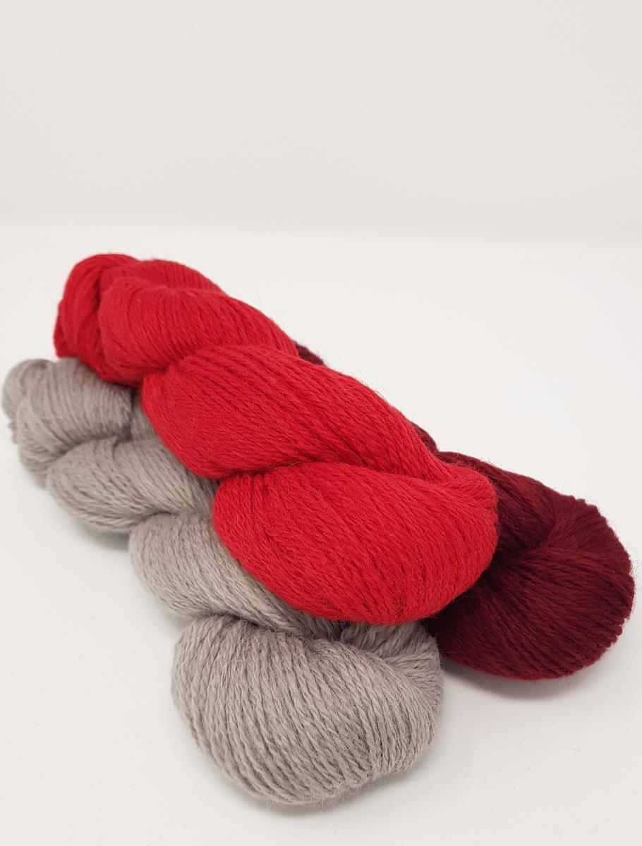 Julenatt Yarn Kits