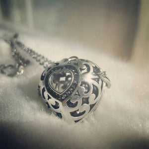 NEW Alice In Wonderland Locket