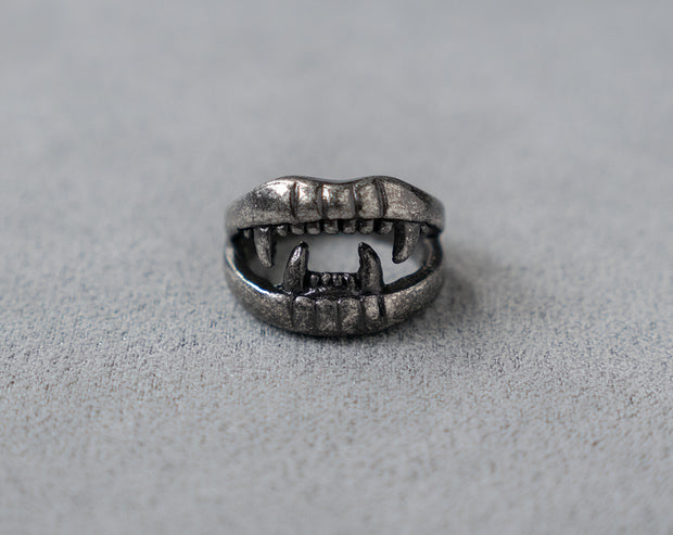 Vampire Teeth Ring Mouth Ring 316 Stainless Steel, Gothic, Punk, Rock Ring