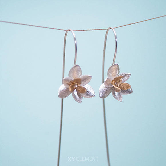 Magnolia Flower Cuore Mio Candytuft Sterling Silver Hook Earrings