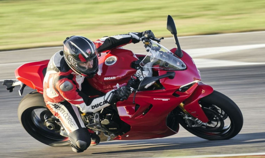 2021 Ducati Supersport 950 Red