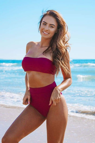 BERMUDA BIKINI TOP IN MULBERRY RED - PINKCOLADA