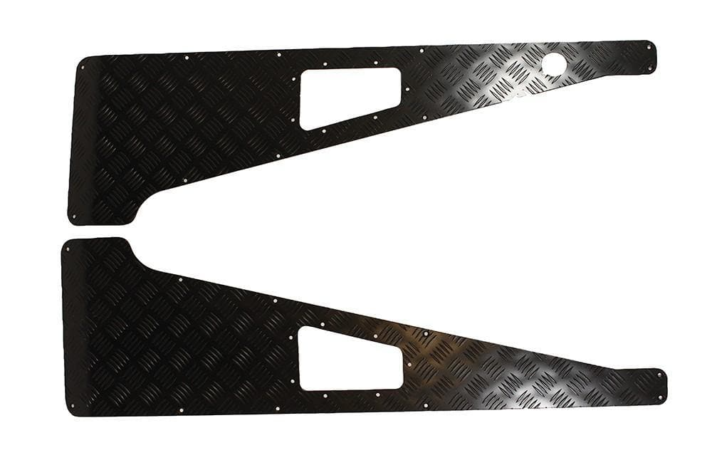 Bearmach 3mm Black Wing Top Chequer Plate With Aerial Hole for Land Rover Defender | BA 113E