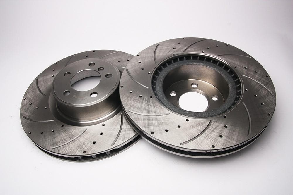 Bearmach Front Drilled & Grooved Brake Discs (Pair) for Range Rover L322 | BA 9637