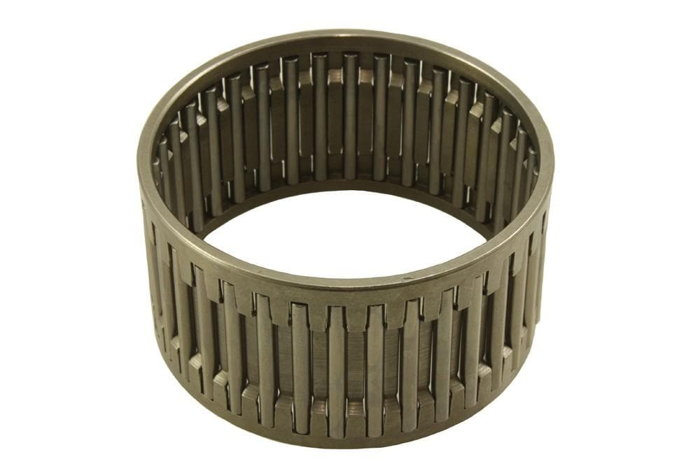 Bearmach Roller Bearing for Land Rover Defender | FRC2334
