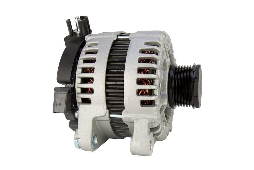 Bearmach Alternator for Land Rover Freelander | LR002899