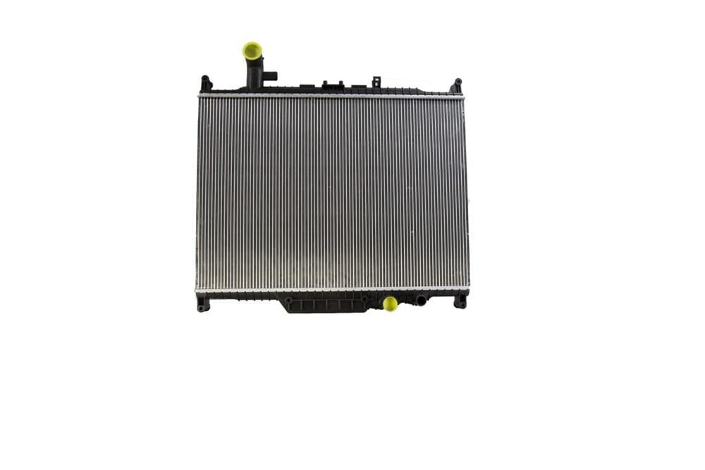 Bearmach Radiator for Land Rover Discovery, Range Rover | LR015561