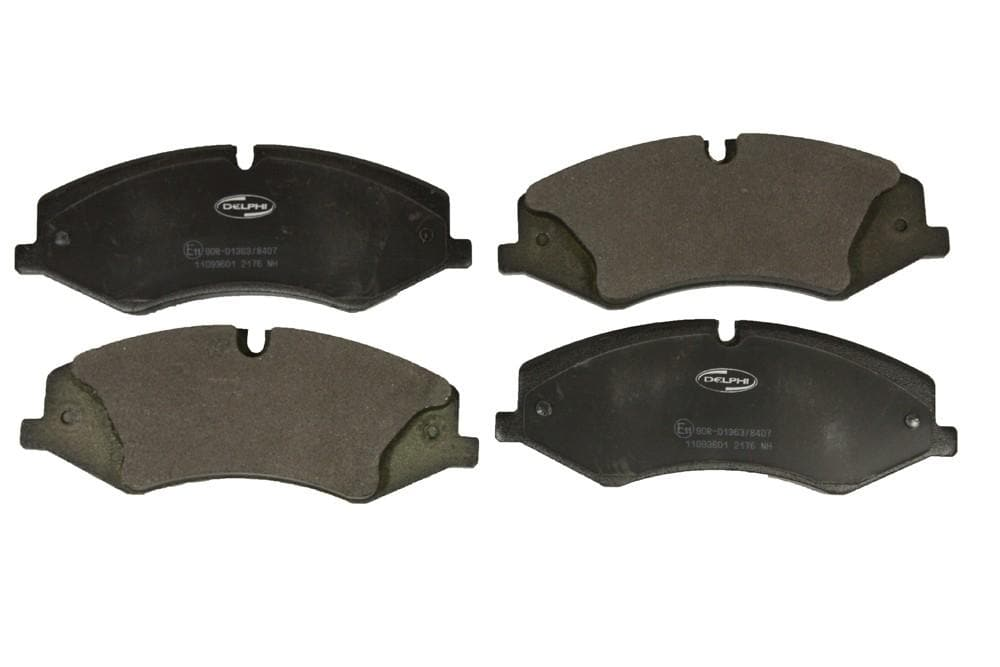 Delphi Front Brake Pads for Land Rover Discovery, Range Rover | LR016962A