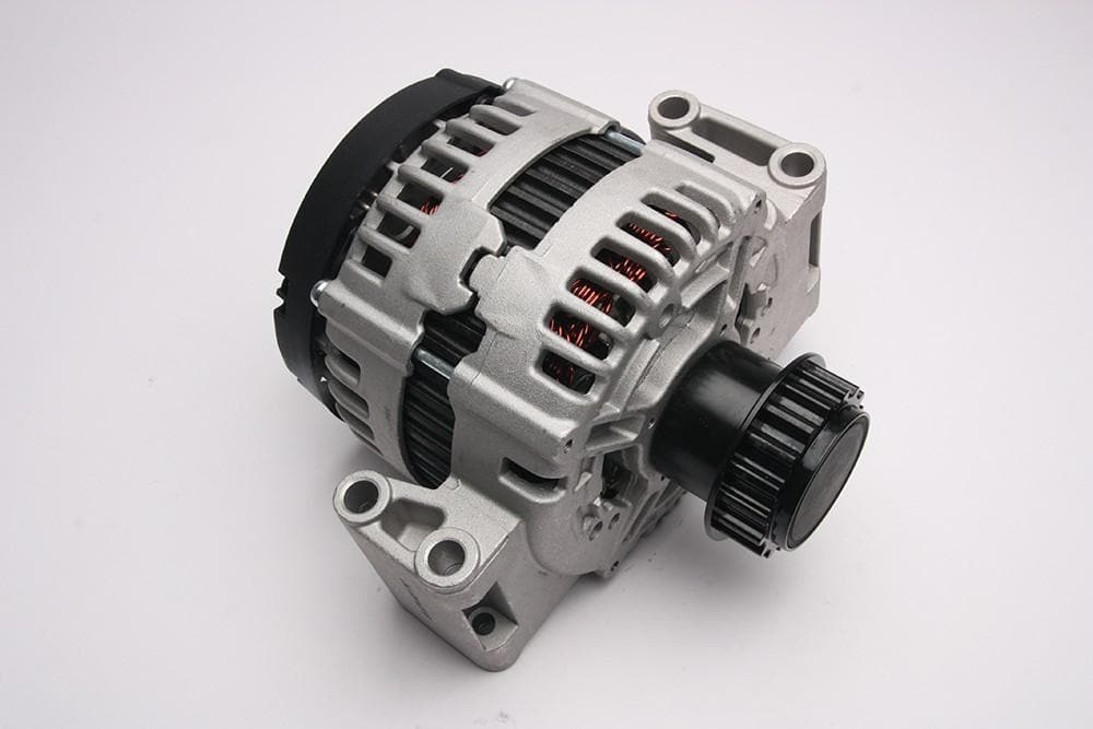 Bearmach Alternator for Land Rover Freelander | LR031223