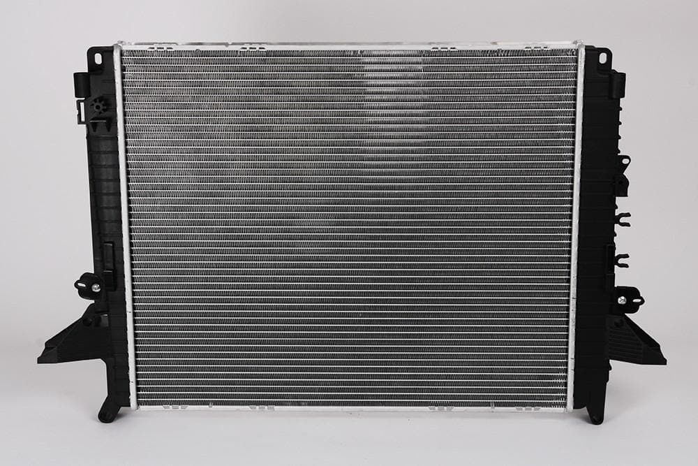 GM Radiator for Land Rover Discovery | PCC500600A