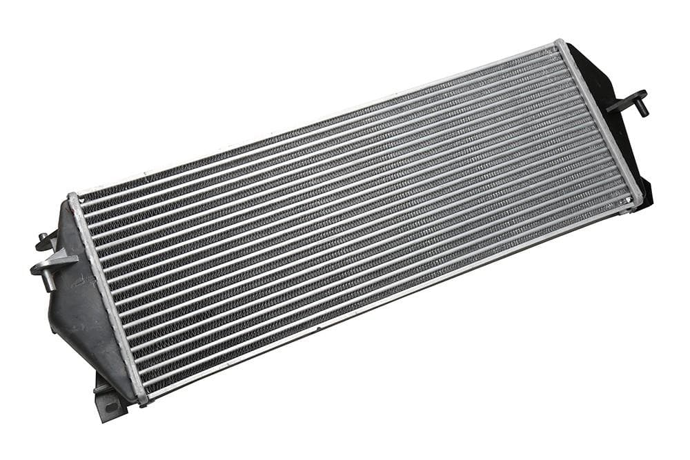 Bearmach Intercooler Assembly for Land Rover Discovery | PCM100220