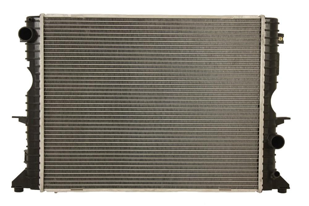 Bearmach Radiator for Land Rover Defender | PDK000100