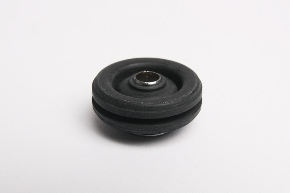 Bearmach Front Air Suspension Compressor Mounting Rubber for Land Rover Range Rover | RVL10000