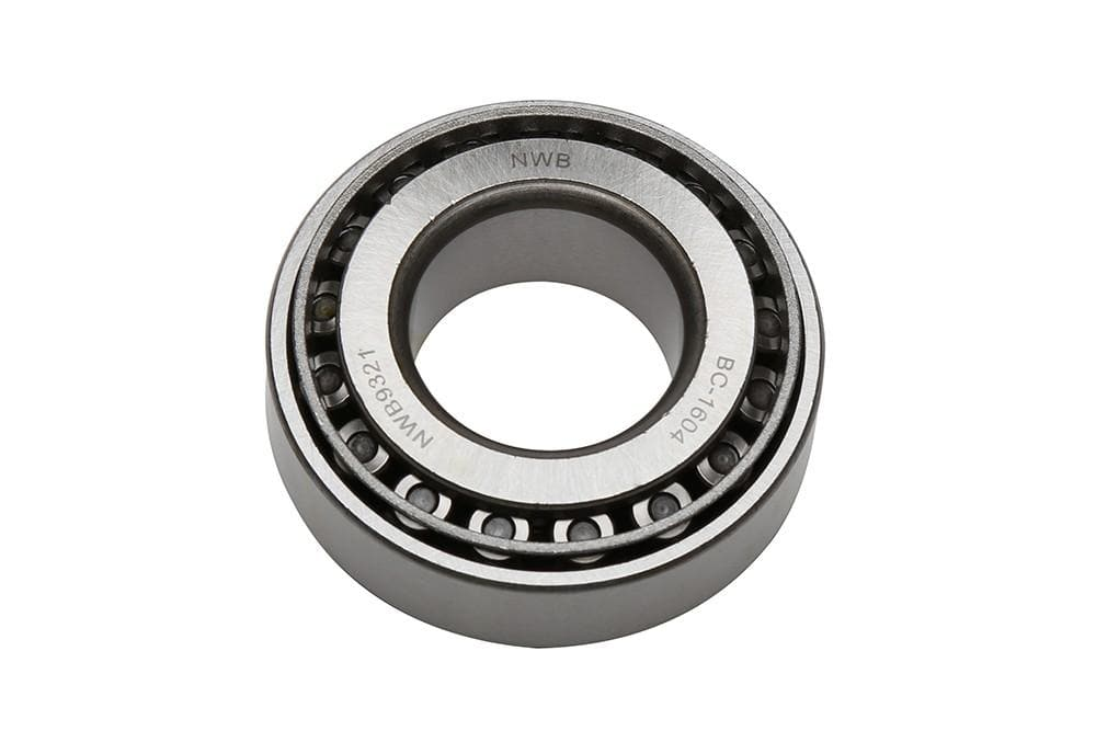Bearmach Roller Bearing for Land Rover Defender, Discovery, Range Rover | TZZ100190R