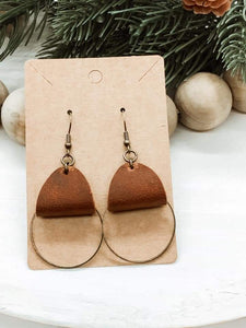 Distressed Dark Saddle Tan Genuine Leather Bronze Ring Dangle Earrings