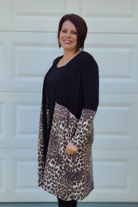 Leopard Colorblock Long Sleeve Duster in Black