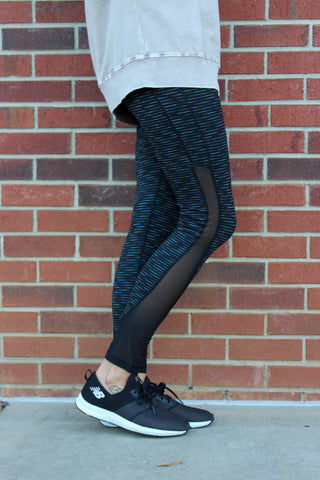 Highwaist Nebula Striped Mesh Panel Leggings in Black