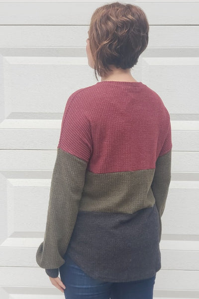 Colorblock Knotted Waffle Top in Burgundy & Olive