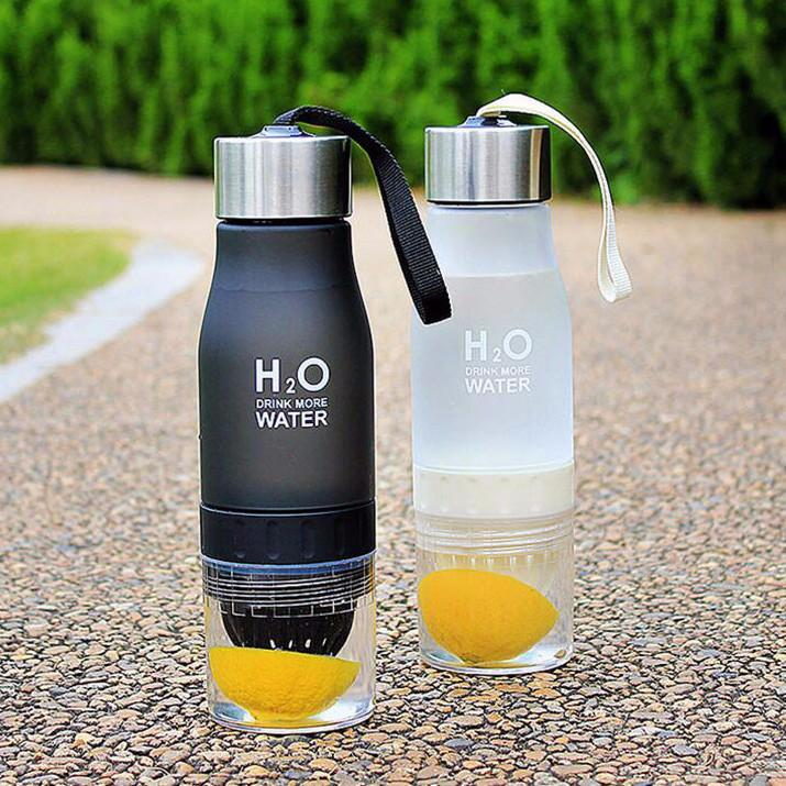 Creative Fruit and Tea Infusing Water Bottle - Bubble vs. Gum