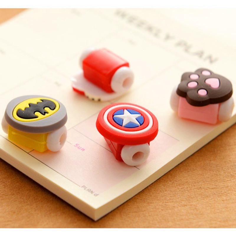 1 Set (5 Pieces) of Cute Character iPhone Cable Protectors - Bubble vs. Gum