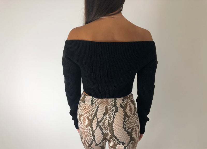 Black Long Sleeve Crop Jumper