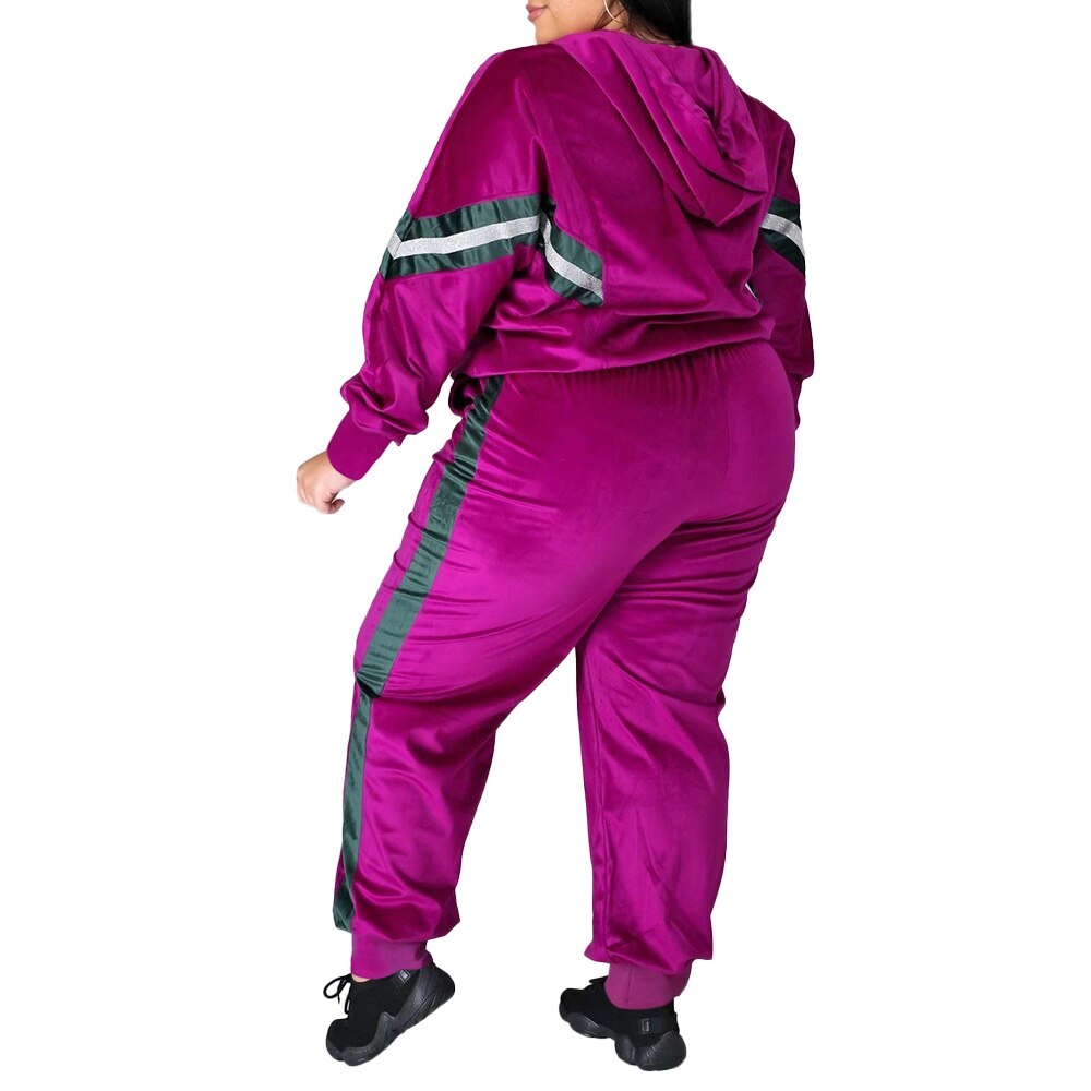 **NEW** Plus Size Women's Two-Piece Velvet Casual Tracksuit