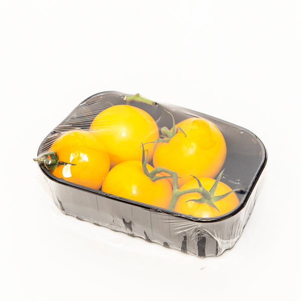 Tomatoes on the vine, yellow 0.5 kg pack - Sharbatly.Club