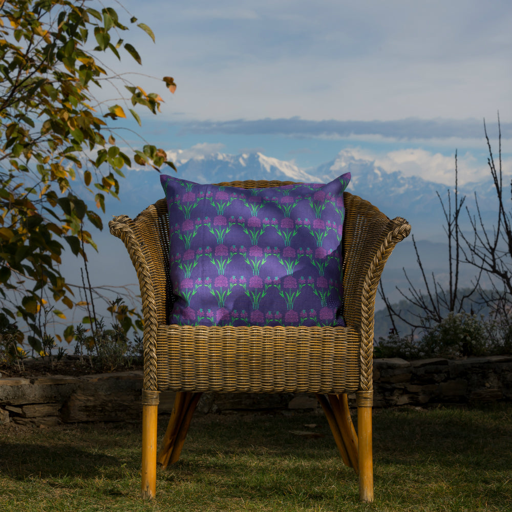 Load image into Gallery viewer, Trellis Cushion - Midnight Blue Linen 50x50cm