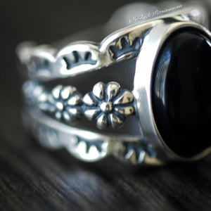 KALLISTO Onyx Floral Ring - Solid 925 Sterling Silver
