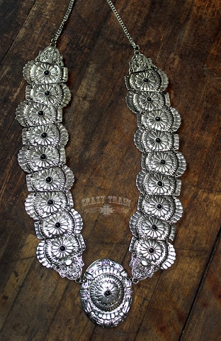 CONCHO QUEEN NECKLACE
