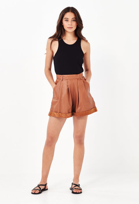 ARIZONA LEATHER SHORTS - TAN