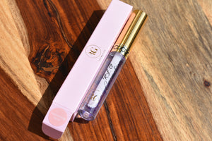 MOISTURISING LIP OIL