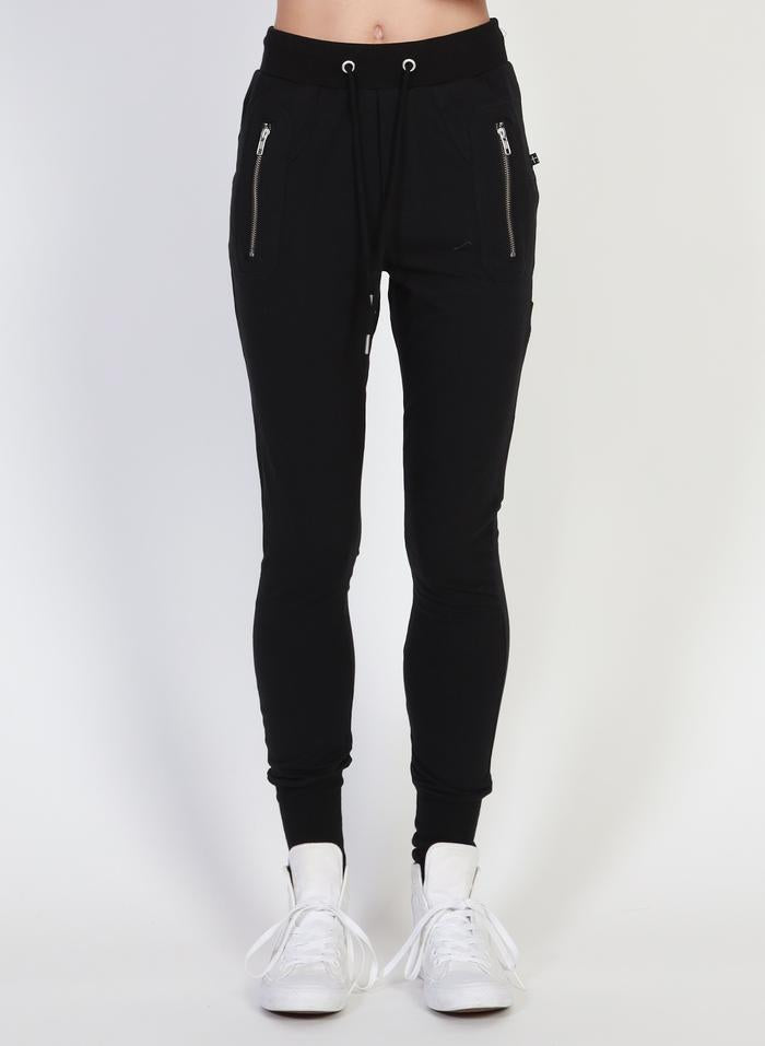Federation Escape Trackies Black/Silver