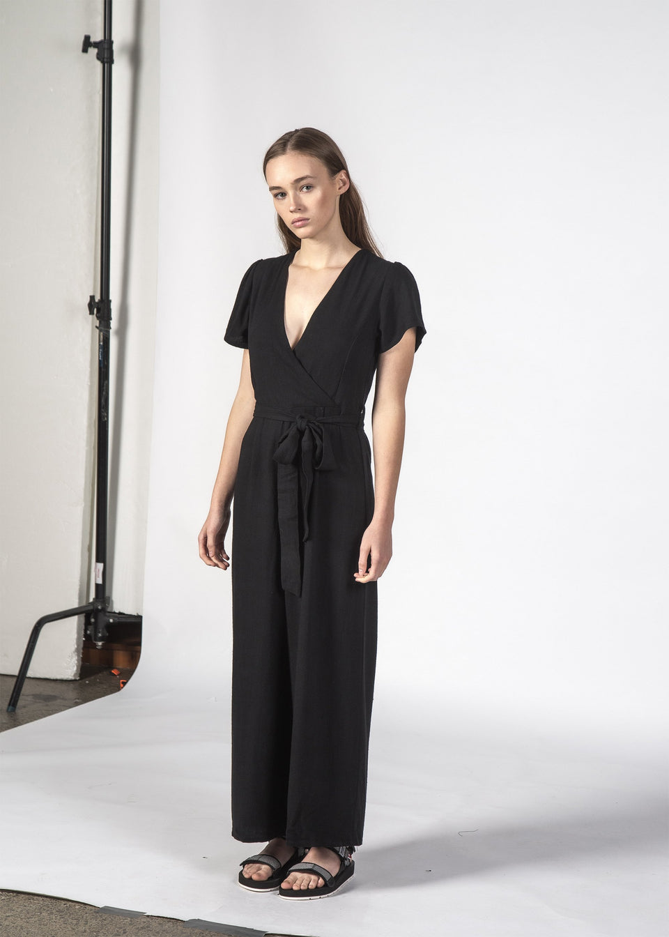 Thing Thing Luca Linen Jumpsuit Black - Stencil