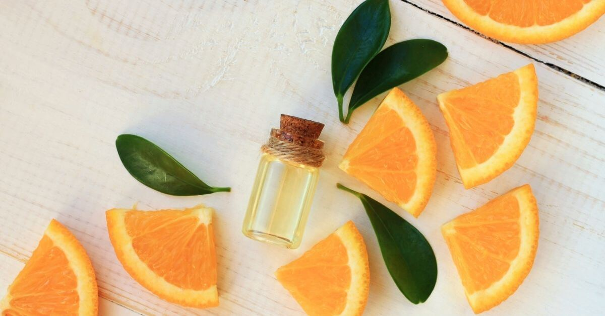 Uses and Health Benefits of Orange Essential Oil