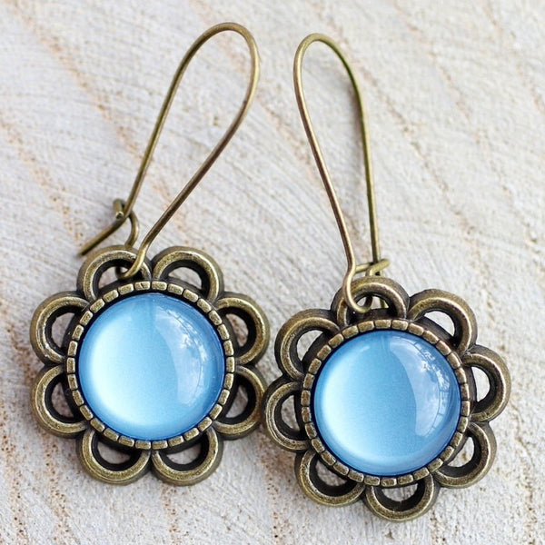 VINTAGE FLOWER EARRINGS - BABY BLUE