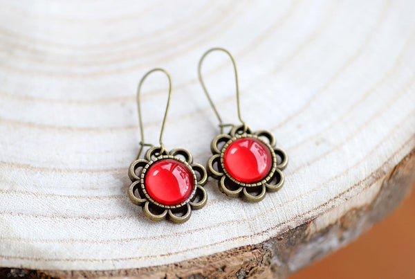 VINTAGE FLOWER EARRINGS - RUBY RED