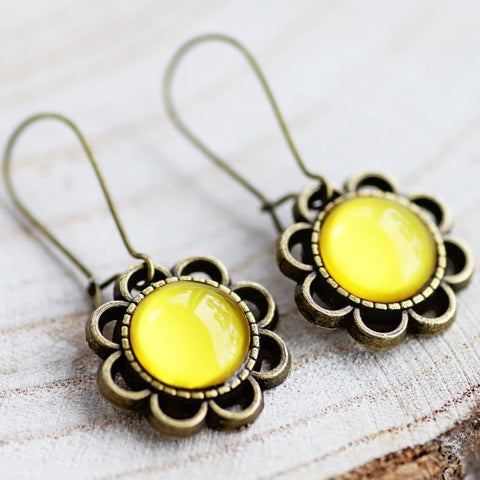 VINTAGE FLOWER EARRINGS - YELLOW