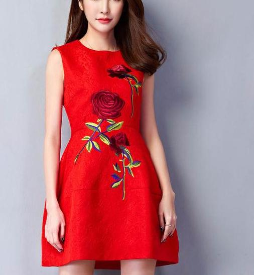 Short Elegant Rose Dress
