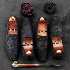 Embroidered leisure loafers