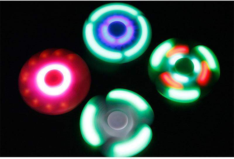Hobbie Planet - ; LED Fidget Spinner Bluetooth Speaker