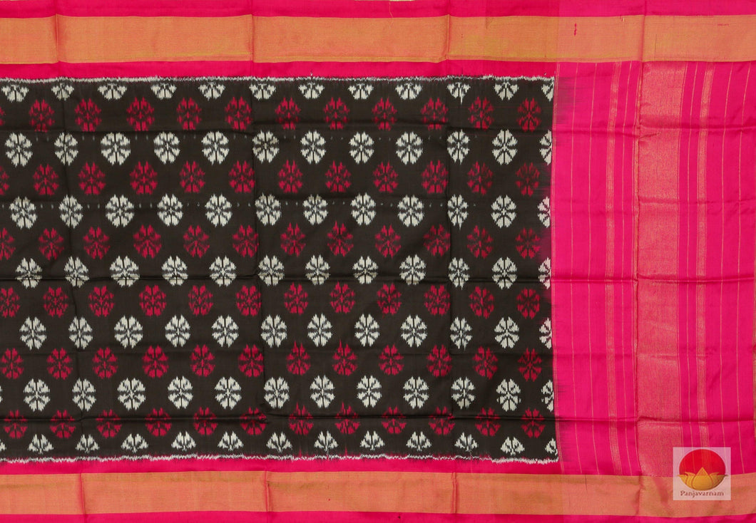 fabric detail of pochampally silk Dupatta