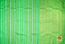 Borderless Handwoven Pure Silk Kanjivaram Saree - Pure Zari - PA SVS 9824 Archives