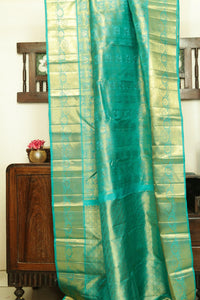Drape of body and pallu of traditional design kanjivaram silk bridal saree