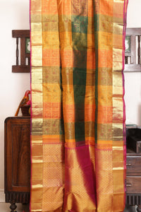Drape of body and pallu of odiya style kanjivaram silk saree