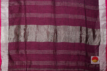 pallu detail of maroon linen saree