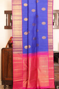 Drape of body and pallu of blue kanjivaram silk saree