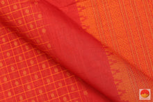 fabric detail of yarn in  silk cotton saree