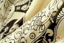 fabric detail of silk yarn in kalamkari silk saree